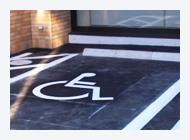 身障者・高齢者スペース等の福祉関連 駐車場の施行例